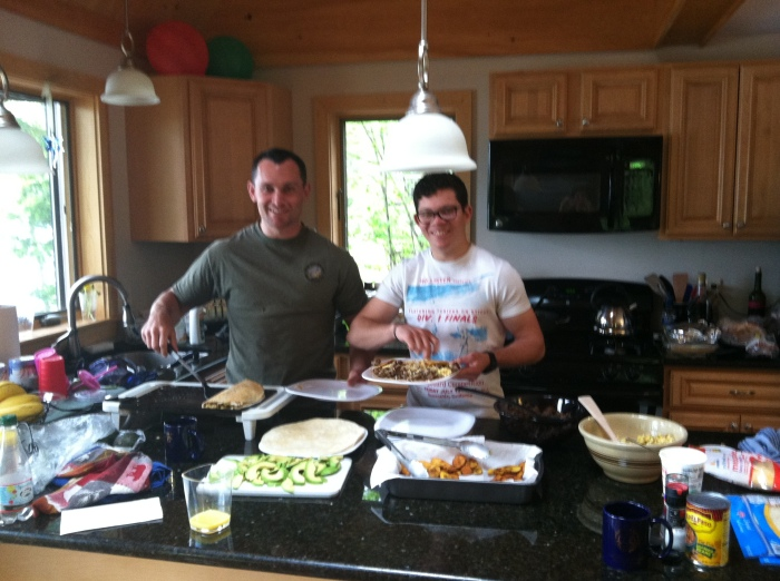 Mike and Rafy making a Honduran breakfast